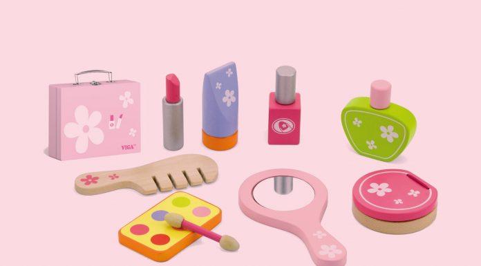 Coisa de criança – cuidados na hora de permitir que os pequenos usem cosméticos