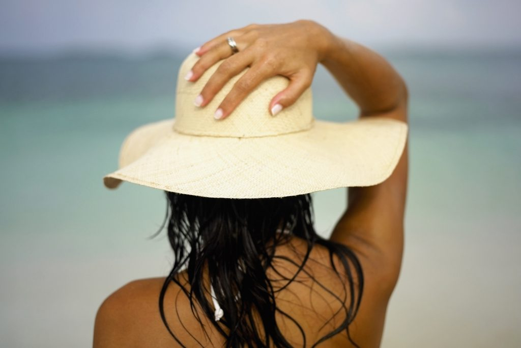 Lá vem o sol – melhores tratamentos dermatológicos para os meses de calor